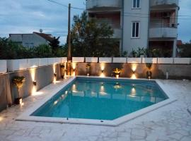 Apartments Marina, hotel in Vodice