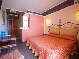 Hotel Barcarola 2, hotel near Marina di Campo Airport - EBA,