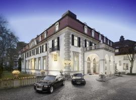 Schlosshotel Berlin by Patrick Hellmann, hotel in Berlin