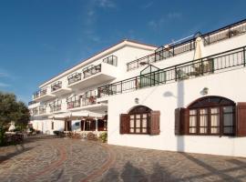 Ikaros Star Hotel , ξενοδοχείο στο Γιαλισκάρι