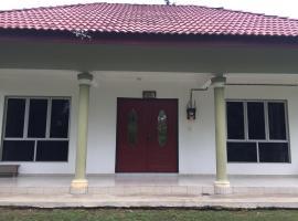 Muslimah Homestay Rumah Melaka, B&B in Malacca