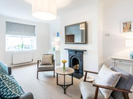 Lobster Cottage Lytham, pet-friendly hotel in Lytham St Annes