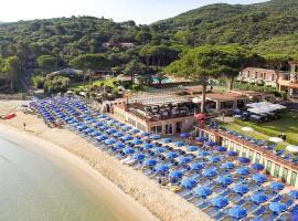 Hotel Desiree, hotel near Marina di Campo Airport - EBA,