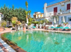 Charme Hotel La Villa Tina, hotel in Ischia
