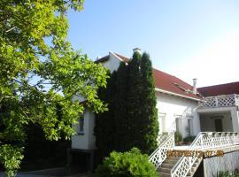 Boglárka Apartmanház, apartment in Balatonfüred