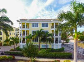 Seven Nights at the Oasis by Beachside Management, apartment in Siesta Key