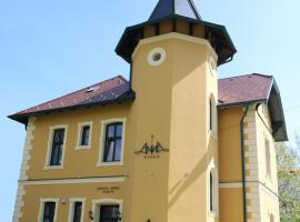 Anna Villa, hotel poblíž významného místa Pláž Keszthely, Keszthely