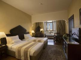 Arabian Courtyard Hotel & Spa, hotel near Grand Mosque, Dubai