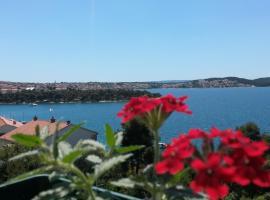 Villa Queen, hotel in Trogir