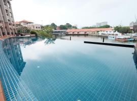 Luxury on Melaka River, apartment in Melaka