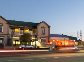Racecourse Hotel and Motor Lodge, hotel in Christchurch