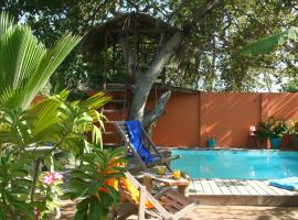 Casa Lagoa, hotel with pools in Fortim