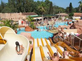 Camping Les Palmiers, hotel near Toulon - Hyeres Airport - TLN,
