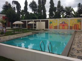 Villa Zam Zam Syariah, hotel in Puncak