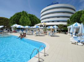 Hotel Corallo, hotel v Bibione