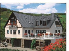 Ferienweingut Pies Ellenz-Poltersdorf, Ferienwohnung in Ellenz-Poltersdorf