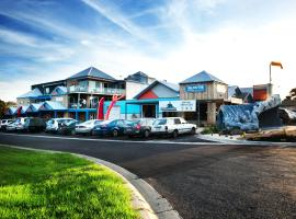 The Island Accommodation, hotel near Phillip Island Chocolate Factory, Newhaven