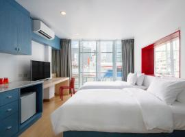 128 room and massage, serviced apartment in Bangkok