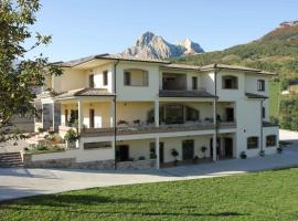 Locanda Del Parco Hotel, hotel in Ornano Grande