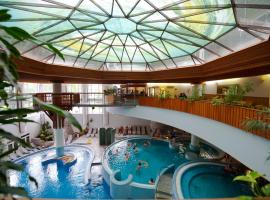 MenDan Magic Spa & Wellness Hotel, hotel in Zalakaros