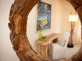 Troulakis Beach Hotel, serviced apartment in Agia Marina Nea Kydonias