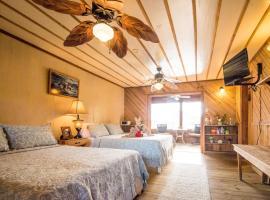 Utila Lodge, hotel in Utila