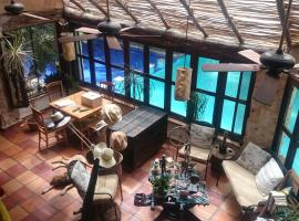 Casa en la Selva a 15 min aeropuerto, hotel near Cancún International Airport - CUN,