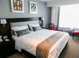 Apart Hotel Petit Palace Suites, apartment in Lima