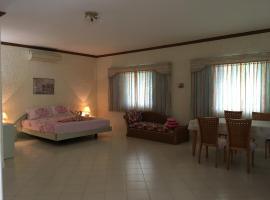 Peaceful homestay, villa in Rawai Beach