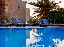 Terra Blue Santorini, hotel in Kamari