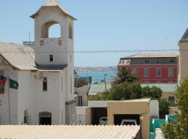 Element Riders Place Backpackers, Hotel in Lüderitz
