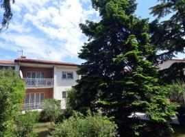 Apartment Rojnic, hotel in Pula