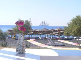 Perissa Bay, hotel in Perissa
