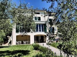Albergo Blueline, hotel in Tellaro