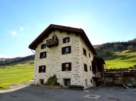 Mountain Chalet Milly, hotel poblíž významného místa Doss, Livigno