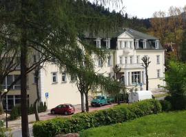 de Esperanto Sanatorium & SPA, hotel in Duszniki Zdrój
