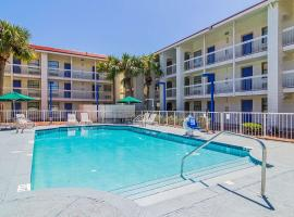 A-P-T Suites Jacksonville, hotel in Jacksonville