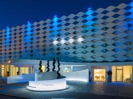 MO.OM Hotel, hotel in Olgiate Olona