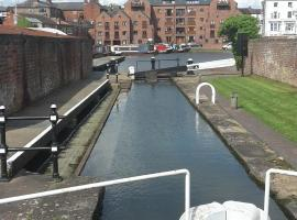River view Apartment, hotel near Oliver's Mount, Stourport
