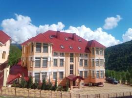 Gorny Khrustal Apart-hotel, hotel with pools in Krasnaya Polyana