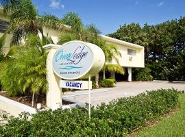 Ocean Lodge, cabin in Boca Raton