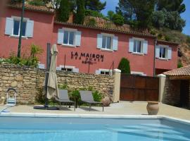 La Maison des Ocres, hotel near Abbaye de Senanque, Roussillon