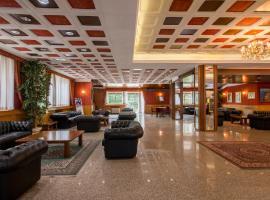 Hotel Tasso, hotell i Camigliatello Silano