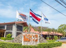 Nacazcol - Playas del Coco, hotel in Coco