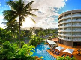 DoubleTree by Hilton Cairns, hotel near Cairns Showgrounds, Cairns