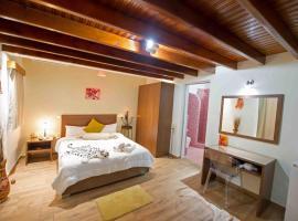 Asterolithos, ξενοδοχείο στα Φηρά
