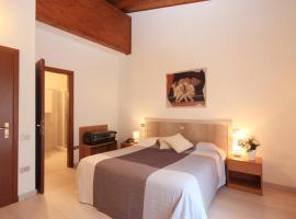 Hotel Colomber, hotell i Gardone Riviera