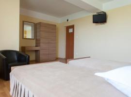 Hotel Pandora Sport, hotel din Focşani