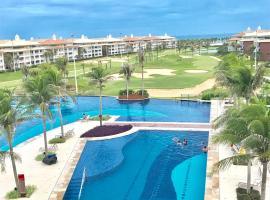 Golf Ville Resort Brisa do Golf -Apartamentos e Cobertura, hotel with jacuzzis in Aquiraz