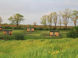 Fair Farm Hideaway, glamping site in Waltham on the Wolds